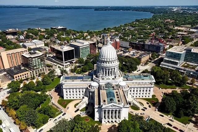 Veduta dall'alto di Madison, la capitale del Wisconsin.