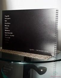 Retro di copertina del fotoquaderno stampato con saal digital.