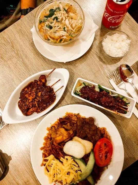Cosa mangiare a L'Aia: cibo indonesiano.