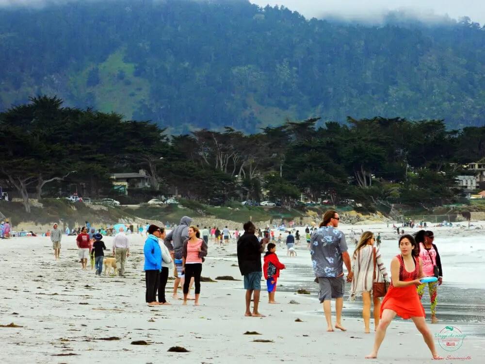 La spiaggia è uno dei luoghi imperdibili per visitare monterey.