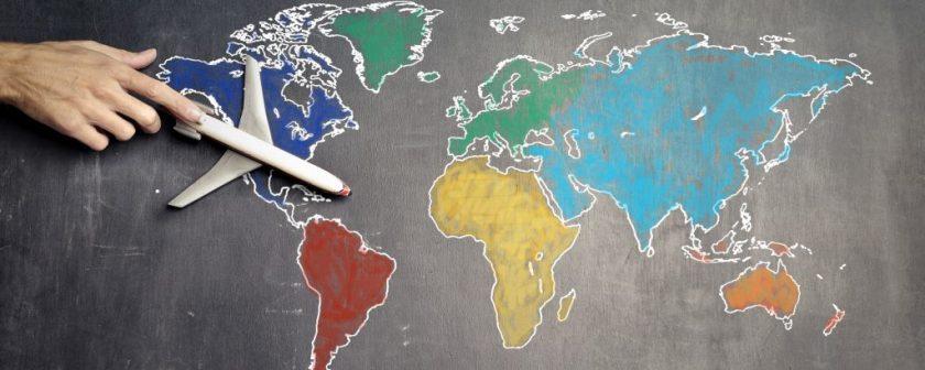 continenti disegnati su lavagna