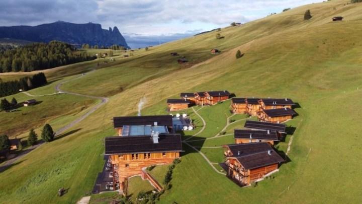 Adler Mountain Lodge: esclusivi chalet per un relax alpino sull'Alpe di Siusi
