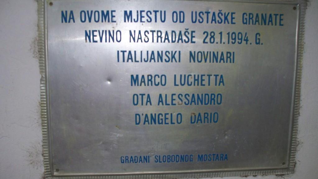 Targa in ricordo dei giornalisti italiani uccisi a Mostar nel 1994