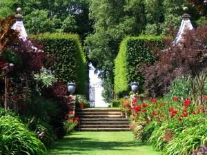 Hidcote Red Garden