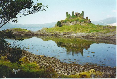 CastleCoeffinLismore-ARuinedMacDougallStrongholdColinSmithAug1995