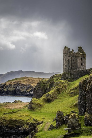 gylen-castle-on-kerrera-in-scotland-neil-alexander