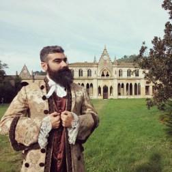 I costumi della Fondazione Cerratelli sono a dir poco meravigliosi. Ho vissuto una favola grazie ad #SGTtour e il mio amico Nicola, uno degli organizzatori, è davvero bellissimo con questo abito. Dentro, fuori e tutto intorno! :)