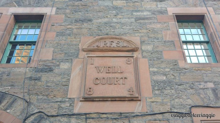 Well court, Dean Village, Edimburgo