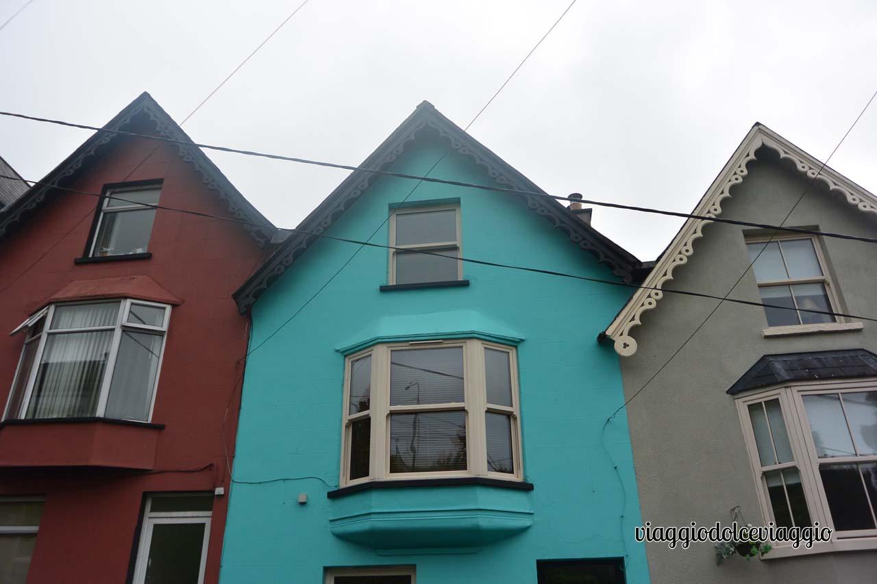 Case colorate a Cobh, Irlanda