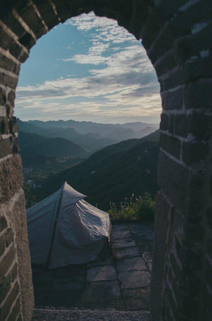 Campeggiare sulla grande muraglia