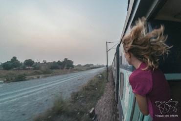 guida ai treni indiani