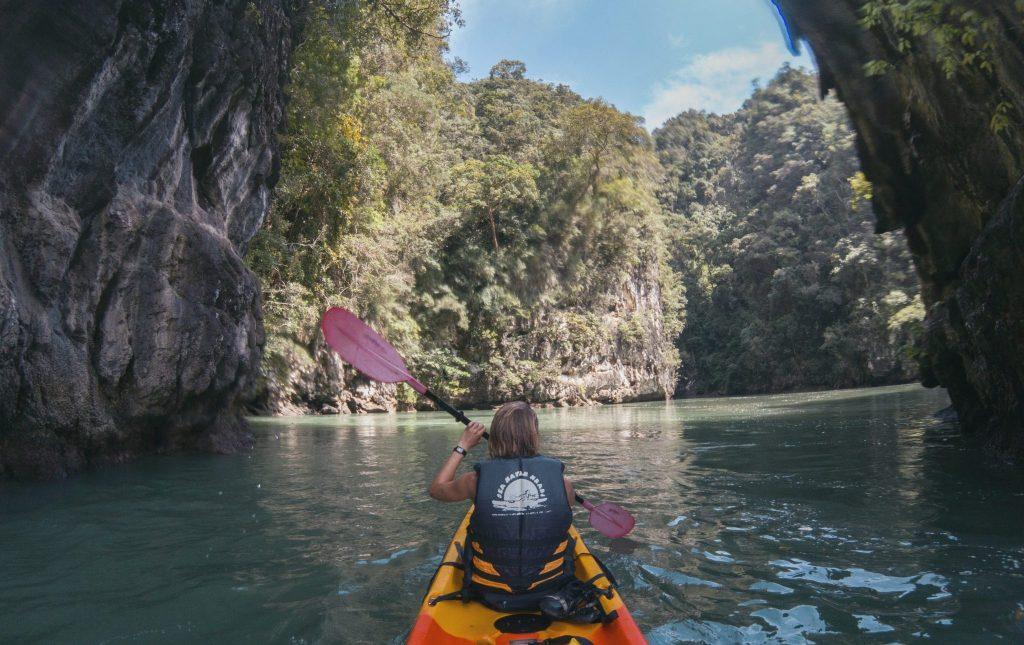 kayak nella zona di krabi