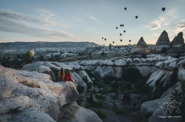 cappadocia mongolfiere alba