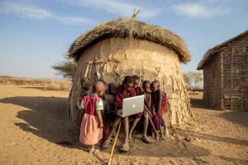 lavoro in viaggio bambini in africa