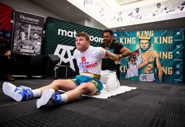 Canelo stretches before fight