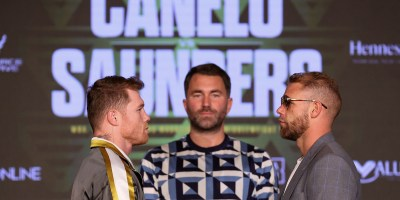 canelo stares at saunders
