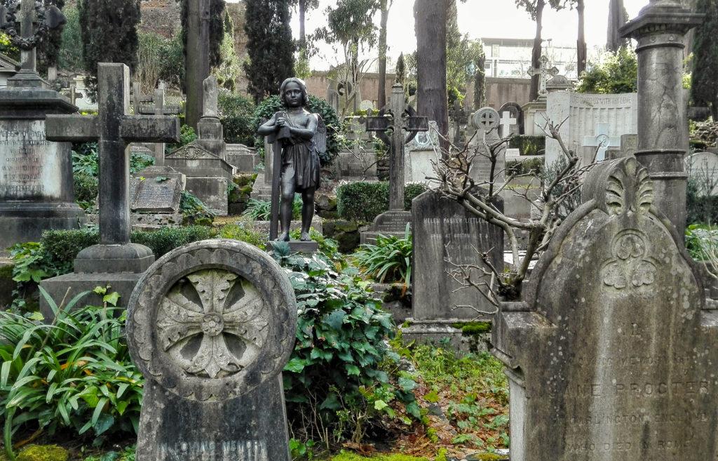 Visita al Cimitero Acattolico di Roma dove riposano i poeti