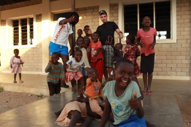 Viaggi zaino in spalla: I bambini del Kenya