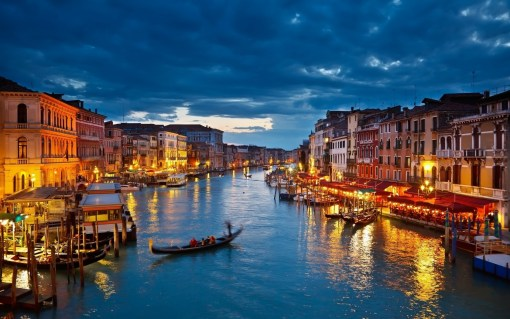 night_in_venice
