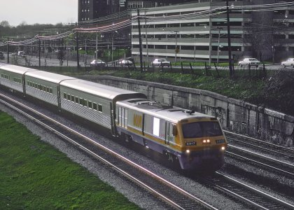 LRC 6917 at Roncesvalles Avenue with a rake of Tempo cars