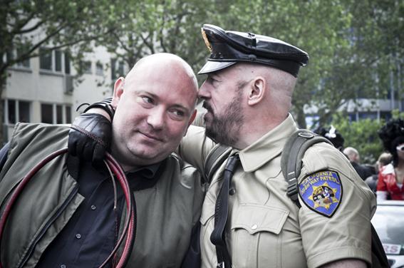 Gay parade_ California Policeweb