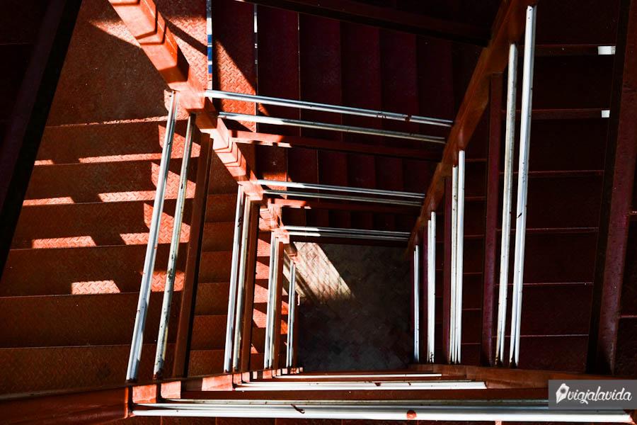 Escalinatas de La Cruz Blanca.