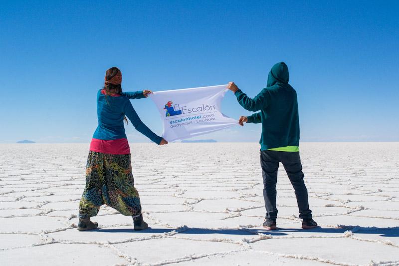 Viajeros en el Salar de Uyuni