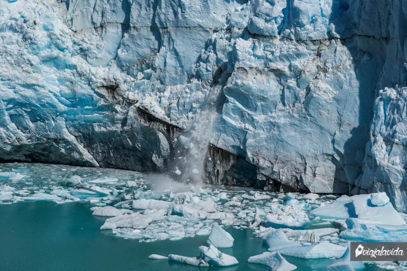 Ruptura pequeña en el Perito Moreno.