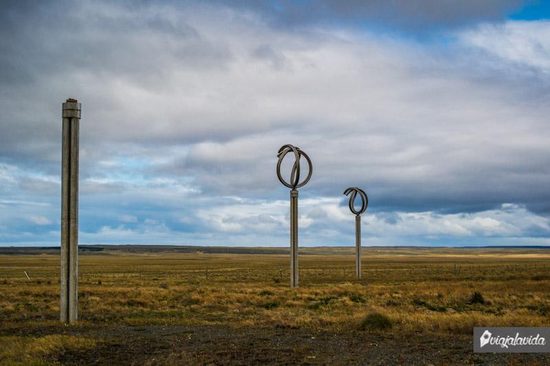 Monumento al viento en Punta Arenas.