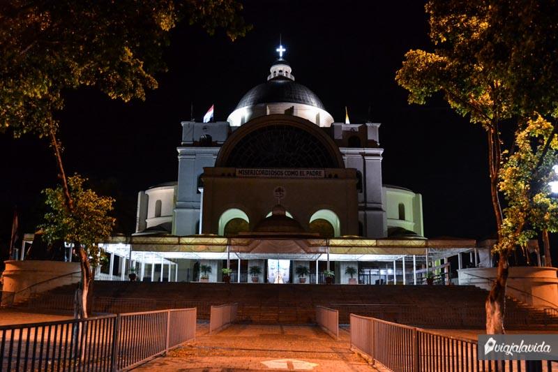 Santuario de Nuestra Señora de Caacupé.