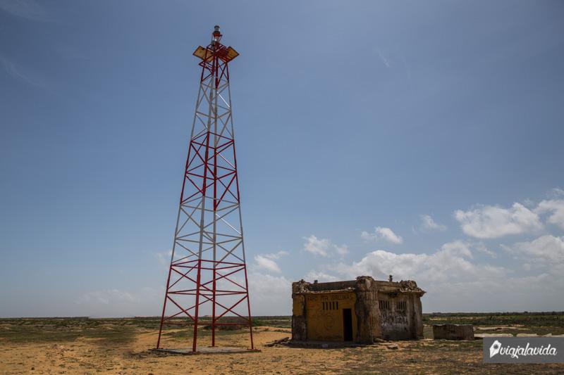 Faro de Punta Gallinas en la Alta Guajira.