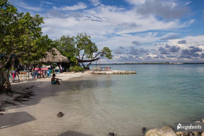 Playa pública en la Isla Múcura.