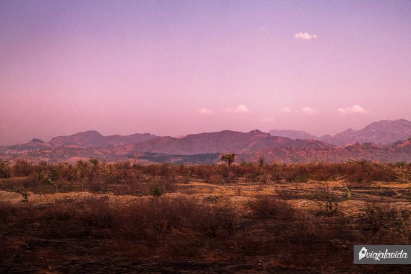 Montañas desde la carretera en Honduras.