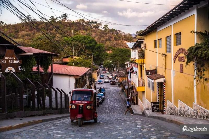 Mototaxi en Copán Ruinas.