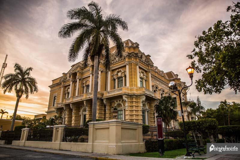 El Palacio Cantón en Mérida.