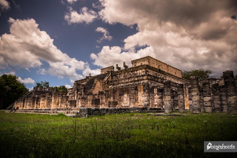Templo de Los Guerreros en Chichén Itzá.