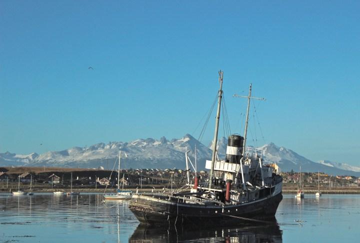 No porto de Ushuaia, coisa linda!