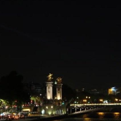 """#Compartilhe: O jeitinho parisiense de defender uma garota em """"perigo"""""""