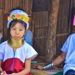 Long Neck Village: a tribo das mulheres girafa no norte da Tailândia