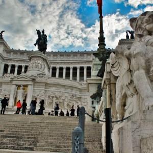 A linda vista panorâmica do Monumento Vittorio Emanuele