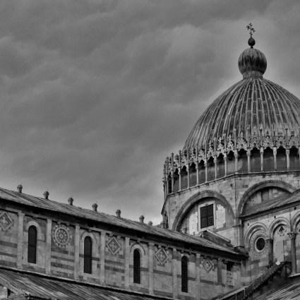 De carro pela Toscana: Conheça a Torre e a Marina di Pisa