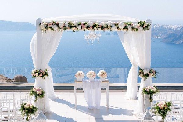 Imagem retirada de: http://www.weddings-in-santorini.com/