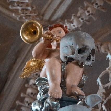 Kutná Hora: conheça as principais atrações e o famoso ossário de Sedlec