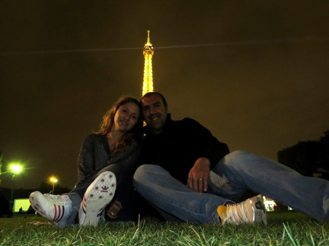 Roteiros by Rogerio Ricardo Lisandra Torre Eiffel Paris
