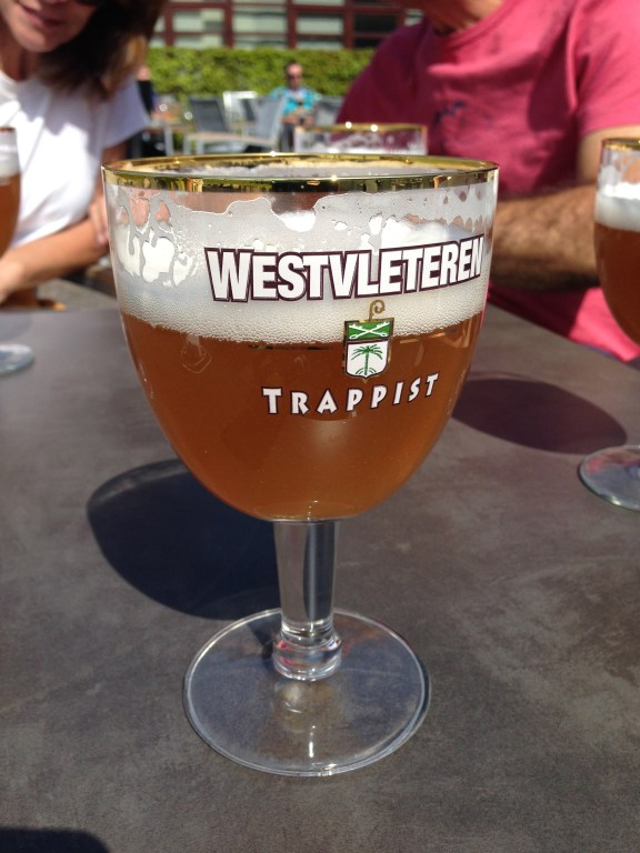 Oi, eu sou a Westvleteren Blonde Trappist