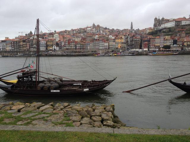 Viagem para Itália e Portugal_Porto_Viajando bem e barato