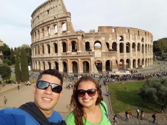 primeira viagem à Europa_Coliseu_Viajando bem e barato