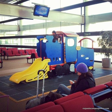 Área kids Aeroporto de Santiago