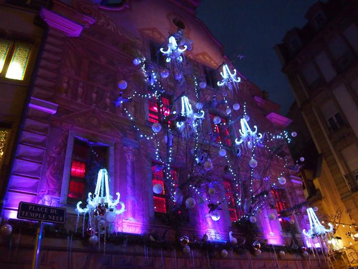 Estrasburgo fachadas en navidad