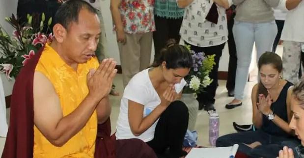 juliana-klinkert-budismo1